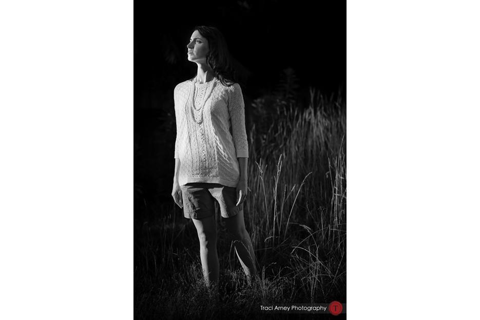 ©2014-Traci-Arney-Photography-036-greensboro-nc-engagement-session-natty-greens-street-photography-park