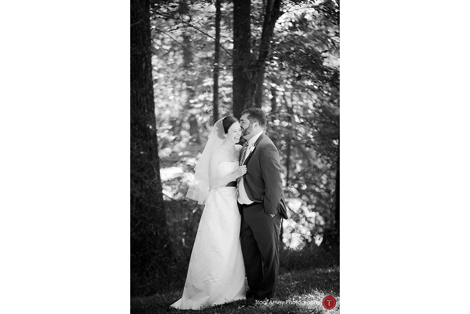 ©2015-Traci-Arney-Photography-010-outdoor-playful-campground-wedding-canoe-exit-asheville-nc